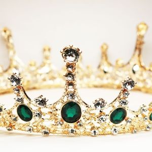 Imperial Emerald Green Crystal Embellished Crown